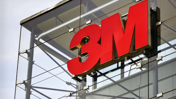 3M Cuts Full Year Profit Guidance Despite Q3 Earnings Beat ; Shares Slump