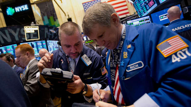 Dow Ends Lower; S&P 500 Slips After Intraday Record on Strong Pharma Earnings