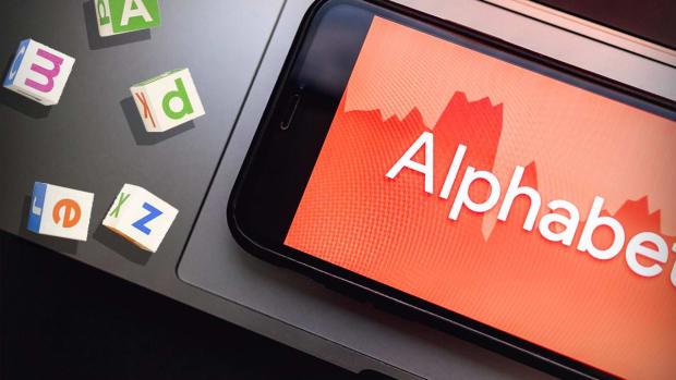 Alphabet's Share Price Weakness Is an Opportunity to Buy
