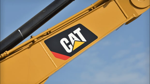 Caterpillar Expected to Earn $2.90 a Share