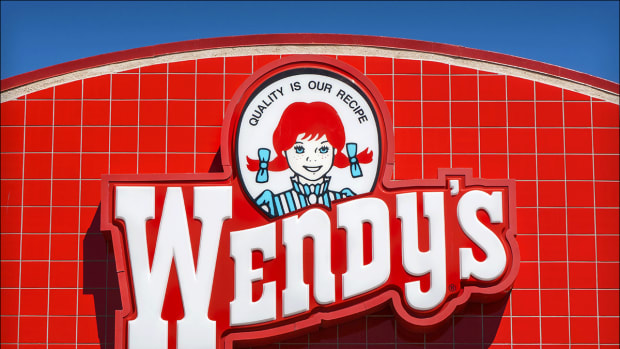 Wendy's Beats on Earnings but Rebound Fails Below This Key Risky Level