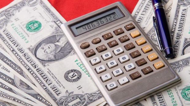 Homebuilder Stocks Gain on 2011 Sentiment