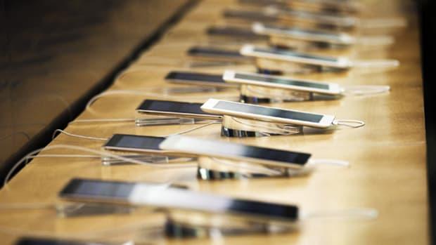 11 Best Smartphones of 2015