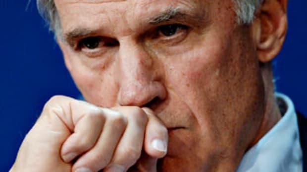 Former JPMorgan CEO Wins Bank Bid