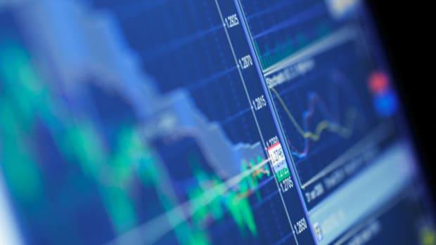 4 Stocks Under $10 Making Big Moves