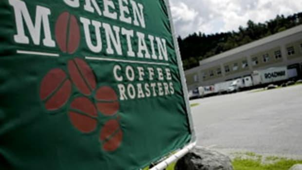 Ex-Crazy Eddie CFO Joins Einhorn in Slamming Green Mountain