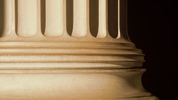 Free Speech Dilemma: Leadership Matters