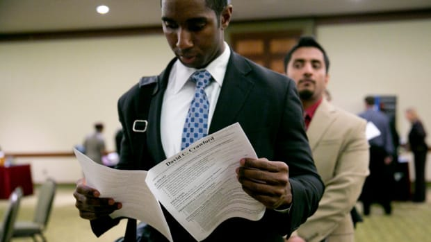 Jump in Jobless Claims Overshadowed by Friday's Jobs Report