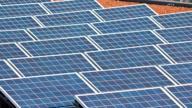 First Solar Shares Pop on Earnings, Revenues Jump $200 Million
