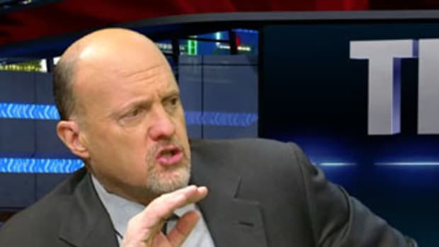 Jim Cramer's Mad Dash: Painful Day for Micron, 3D Systems