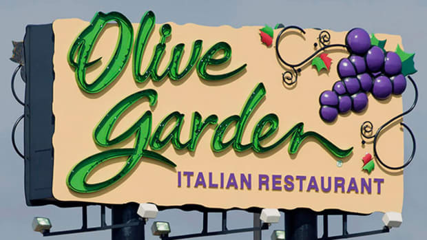 Olive Garden Is the Hill Darden Wants to Die On
