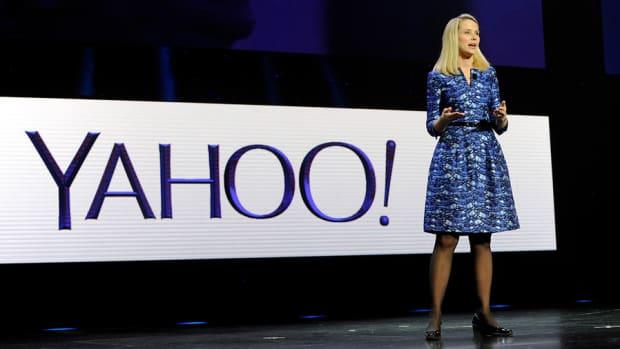 Activist Investor Pushes Yahoo's Marissa Mayer to Buy Rival AOL