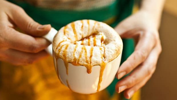 Crazy Traffic Jams at Starbucks Stores Partially to Blame for Sales Whiff