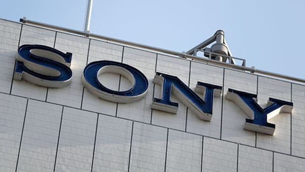 Sony Surges on Lowered Loss Forecast, Sprint Rises on FCC Proposal: Tech Winners & Losers