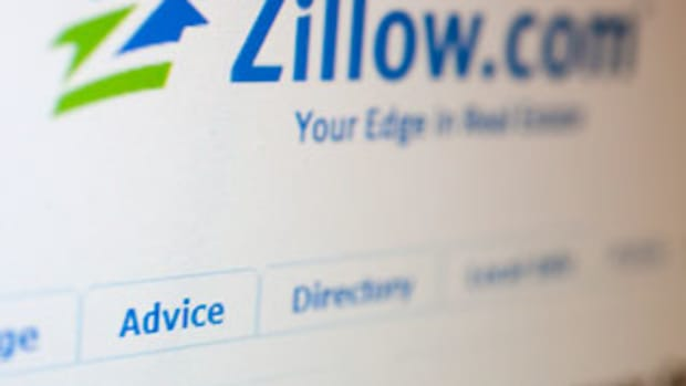 Zillow Plunges as Sales Forecasts Fall Short of Wall Street Expectations