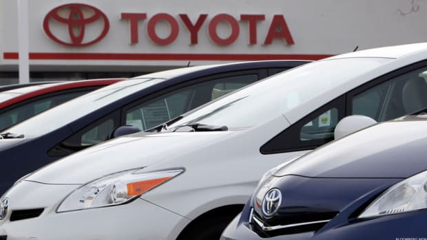 Toyota to Recall 362,000 Camry Sedans, Other Models Globally