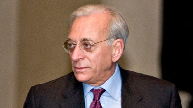How to 'Piggyback' Nelson Peltz's Interest in Bank of New York