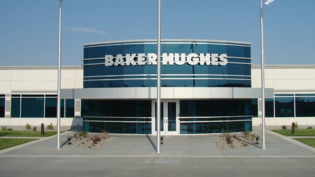 Dicker/Cramer: Buy Halliburton as It Attempts to Buy Baker Hughes