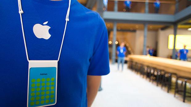 As Competitors Slum It, Apple Prepares Android-Crushing iPhone 6