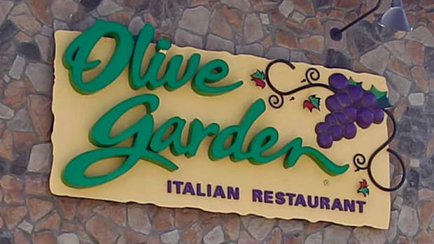 Olive Garden's Never-Ending Pasta Pass Generates Black Market Mania