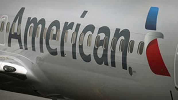 American Is Rated Top 2015 Airline Pick by JPMorgan as Oil Prices Fall