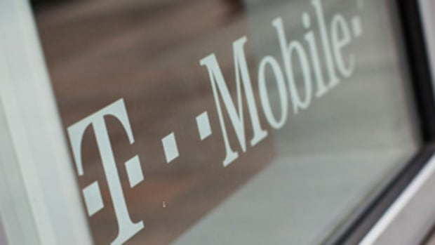 Little Fish Iliad Tries to Gobble Big Fish T-Mobile in Mobile Phone Takeover