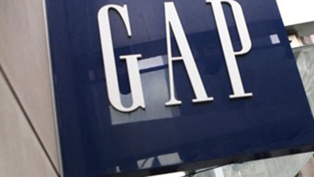 Gap Shares Pop on Strong Earnings Forecast After April Sales Gain
