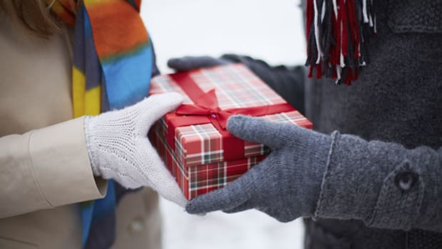 Want a Real Year-End Present? Cut Your 2016 Tax Burden