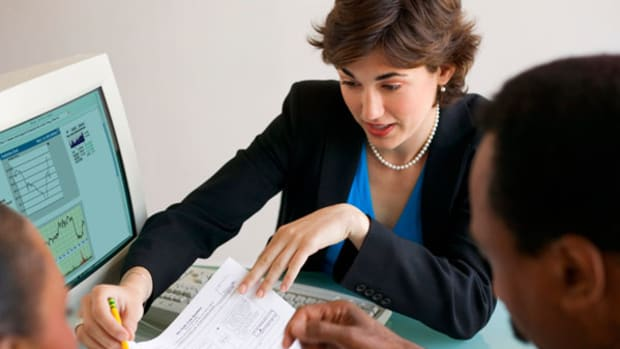 Here's How Much Money You Need to Hire a Financial Advisor