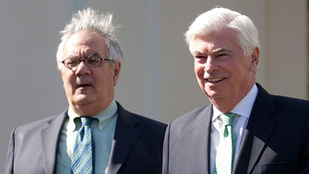 Republican Calls for Dodd-Frank Changes Won't Rattle Investors