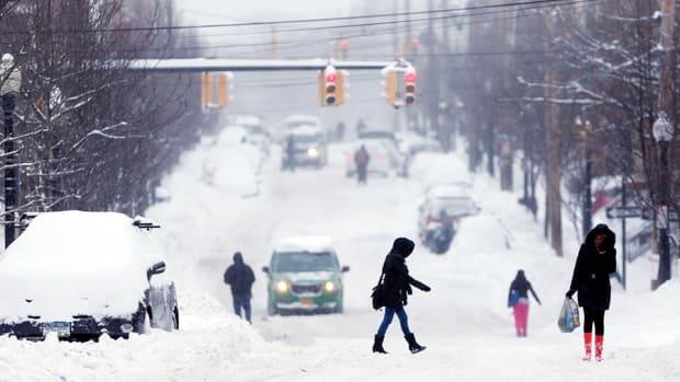 Frigid Weather Won't Weigh Down Retail Profits