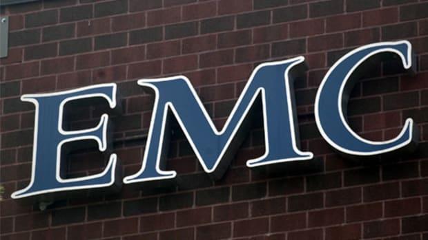 EMC Beats Estimate but Shares Slide on Weak Guidance