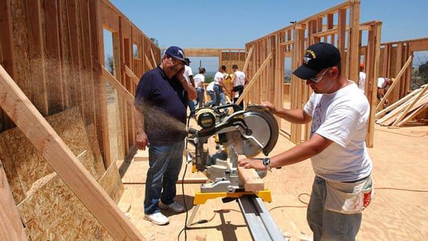 Existing Home Sales Rise Making Homebuilders Look Good Again