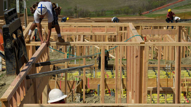 U.S. Construction Spending Climbs 1.1% to Highest Level Since May