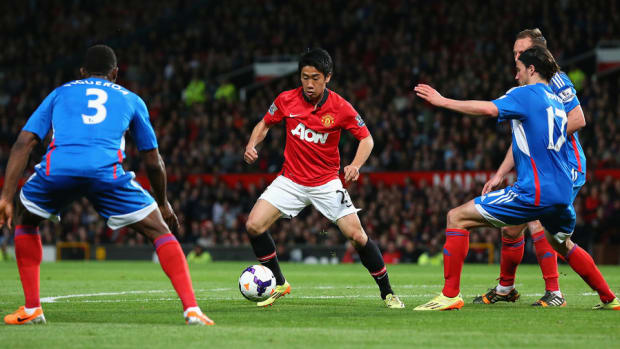 Manchester United Scores as Earnings Triple in Third Quarter