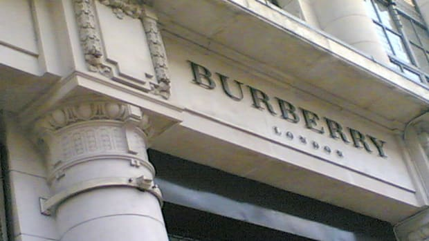Burberry Holiday Retail Sales Boosted by Asia-Pacific and Internet