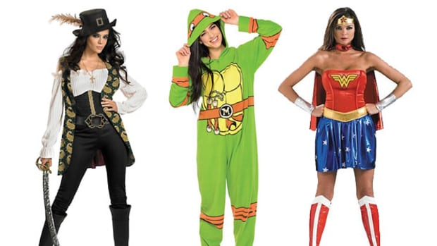 10 Last-Minute, Cheap, DIY Costumes to Up Your Halloween Game