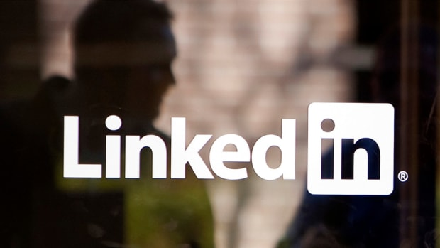 Jump in Hiring Lifted LinkedIn's User Engagement, Profit Beat Consensus