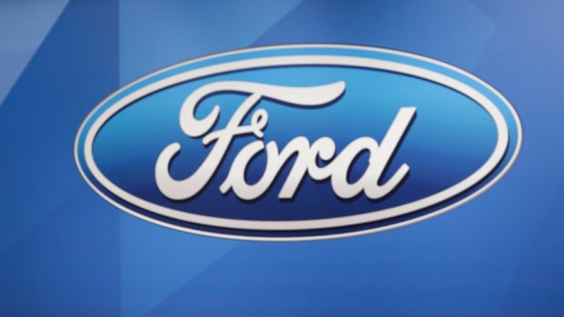 Ford Unveils Lightweight Fusion Concept Car, Cuts Weight by 800 Pounds