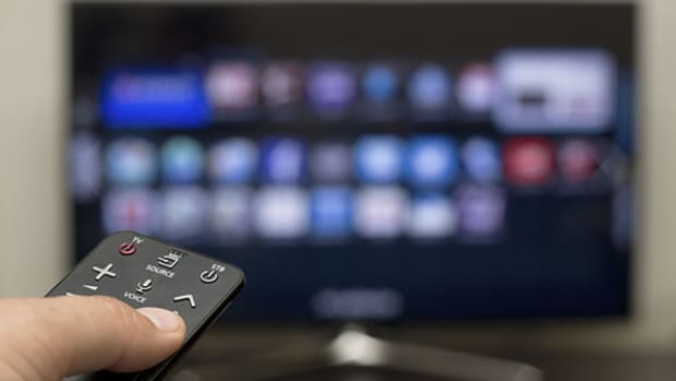 How Online Video Advertising Is Chipping Away at Television's Supremacy