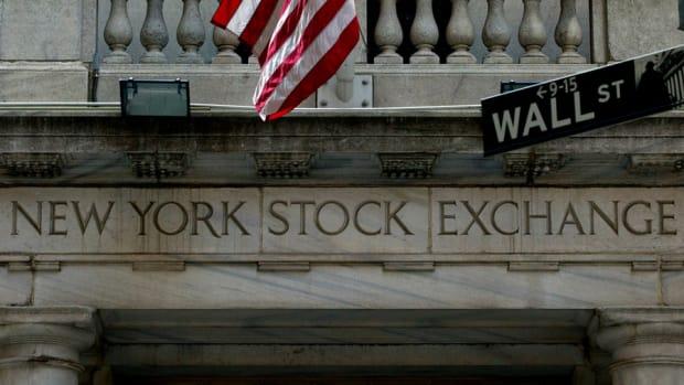 U.S. Market Moves Slightly Higher Ahead Of ECB Meeting