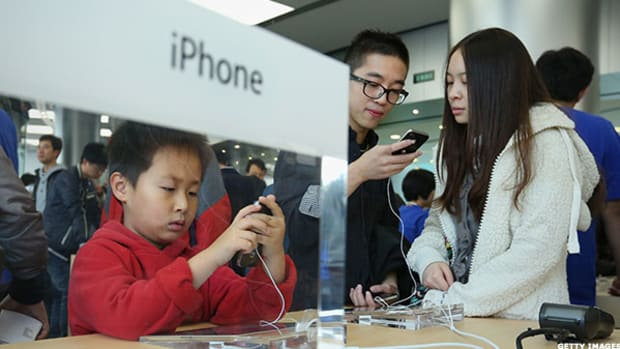 Apple's Smartphone Share in China Is Better, But Not Great