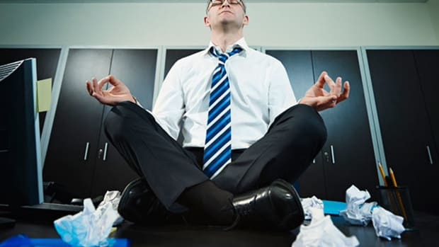 Meditating on the Toilet and 7 Other Ways to Relax at Work