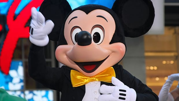 If Mickey Mouse Saw This Chart, He Would Say Buy Disney Shares