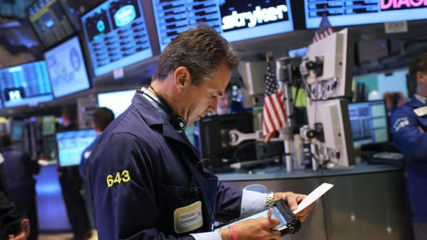 Low Yields, Weak Oil, Bottoming Gold All Equal Choppy U.S. Stocks