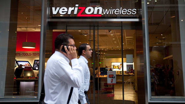 Is Verizon Headed for a New Down Leg?