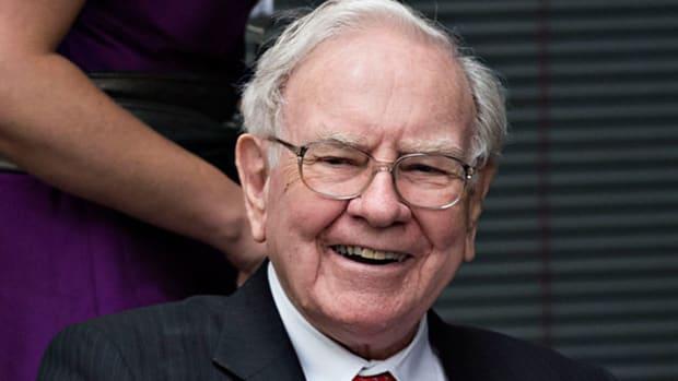 Berkshire Hathaway, Auto Nation :'Mad Money' Lightning Round (3/31/17)