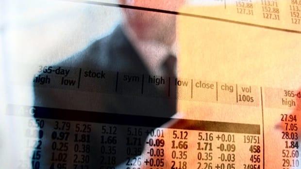 European Stocks Slide, Bond Rally as Investors Trim Risky Bets