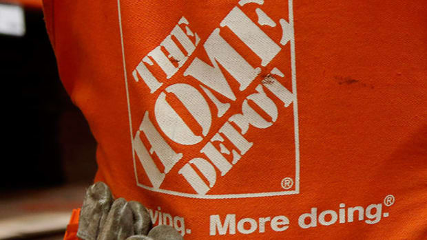 Something Rare Happens for Home Depot That Hints Its Stock Is Done Soaring