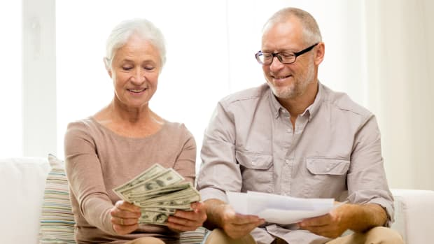 What To Do (And What Not to Do) With Your Year-End Bonus